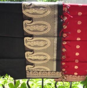 Tissu indien noir et rouge