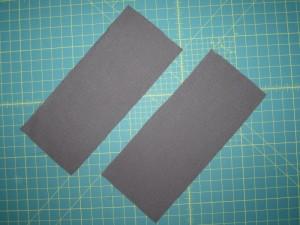 Les 2 rectangles qui serviront à faire les 6 petites poches