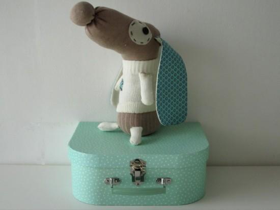 http://nacouture.fr/CoutureStuff/wp-content/uploads/2013/02/doudou-chien-chaussette-550x412.jpg